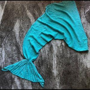 Teal Knit Mermaid Tail Blanket